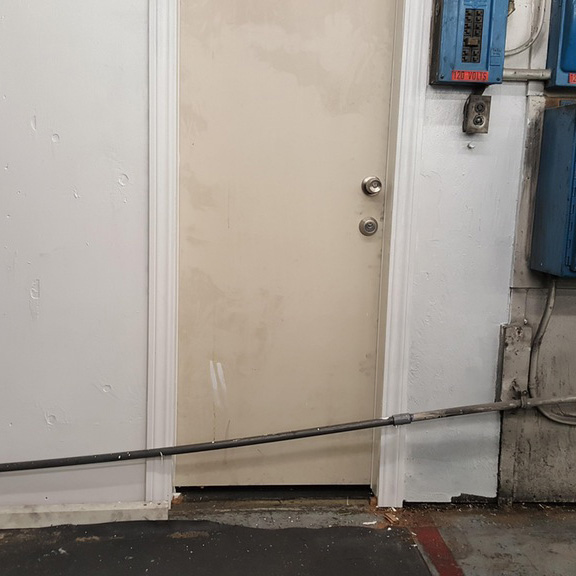 pipe-infront-of-door.jpg