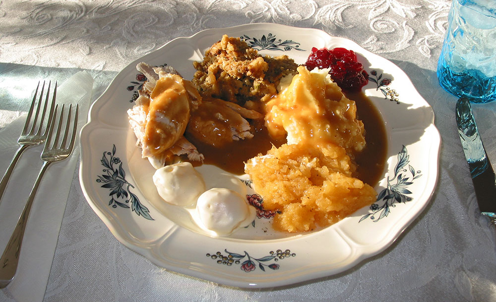 thanksgiving-dinner-resized.jpg